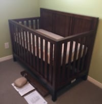 Crib and single bed almost brand new  Mississauga, L5K 1B6