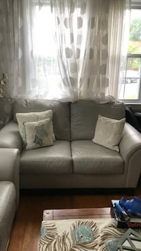 Gray leather 2-seat and 3-seat sofa
