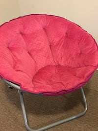 red and black moon chair 383 mi