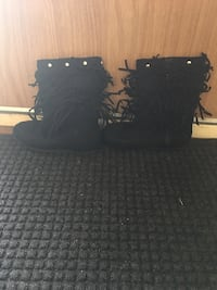pair of black moccasin boots Edmonton, T6A 0A8