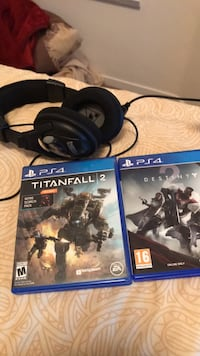 two Sony PS4 game cases Las Vegas, 89118