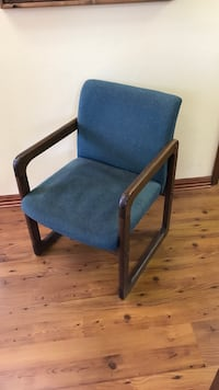 Sturdy solid wood chair Fort Worth, 76164