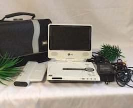 LG Portable DVD/CD player with all accessories and bag
