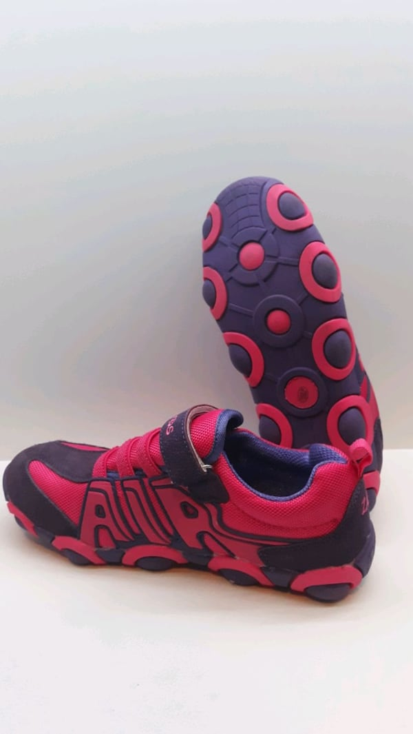 Used 9.5Inc Zqra-Kids Pink and Purple Shoes 2cf3c83c-fc6e-4f9b-b7a5-f7392d55aa54