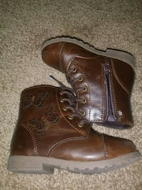 Kids Brown Boots Size 7 District Heights, 20747