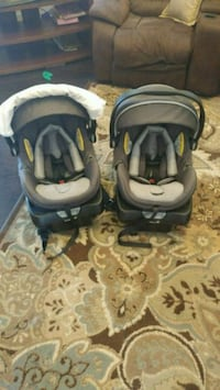 2 safety first on board air 35 infant car seats  Brampton, L7A 4C8
