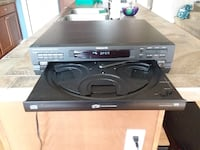 Magnavox 5 Disc CD Player  Lacey