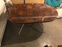 Vintage 1960s era Table with leaf excellent  condition