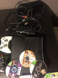 Black xbox 360 Kinect console with controllers Toronto, M1R 3V2