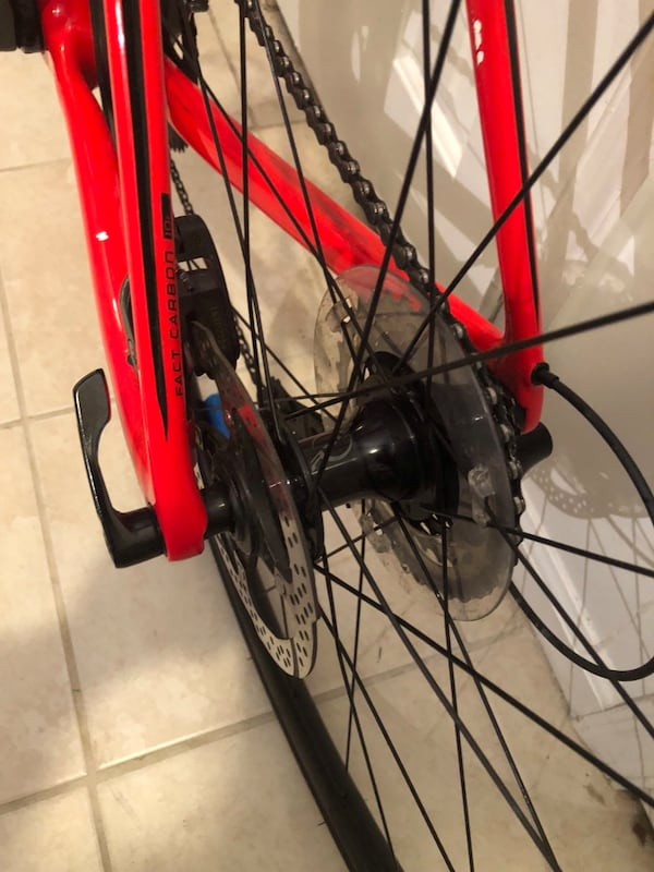 Specialized Roubaix Elite Full Carbon Road Bike OBO f9b35bdc-34b5-4b2d-a690-c3efd231aa0b