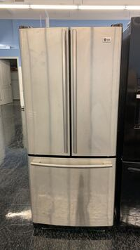 "LG FRENCH DOOR 30"" stainless steel Toronto, M1P 2R2"