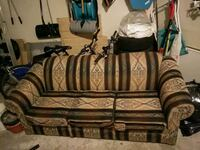 Couch (older, retro style)