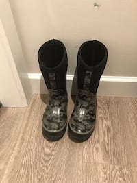 Rain & winter boots Langley, V1M 2B2