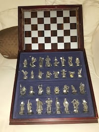 Fantasy of Crystal chess set Connecticut