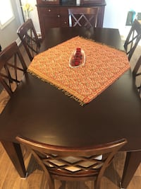 Dinning Room set (9 piece)  Richmond Hill, L4S 2H6