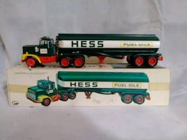 Hess 1977 Toy Fuel Truck