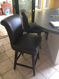 black leather padded rolling chair Milton, L9T 2V6