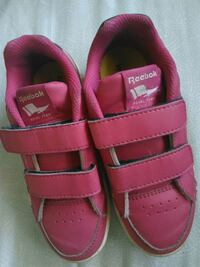 Redbook girl size 10. 1/2 us good condition