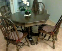 Ethan Allen solid oak dining rm table  Reston, 20190