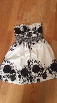 white and black floral spaghetti strap dress Toronto, M9B 6G4