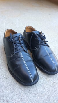 Pair of black leather Nike golf shoes Tucson, 85742