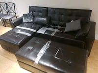 Beat up faux leather couch Toronto