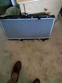 black and gray guitar amplifier Springfield, 22150