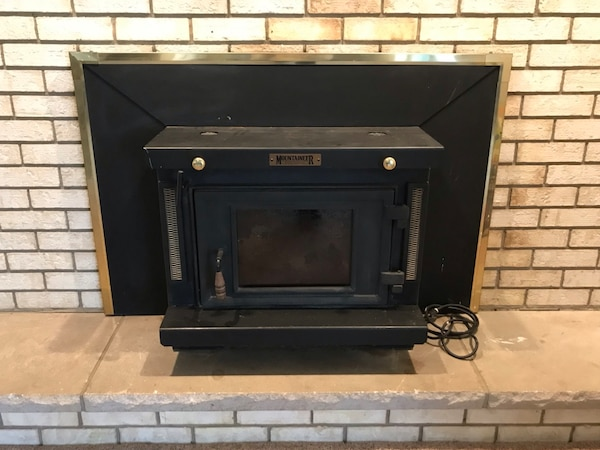 Sold Wood Burning Fireplace Insert W Electric Blower In Tipp City