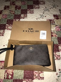 Wallet coach original brand new Rockville, 20850