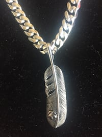 Stainless steel chain and pendant  Las Vegas, 89123