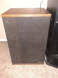 Vintage bose 501 series iv direct/reflecting speakers null