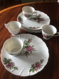 Set of 4: Cups with serving plates