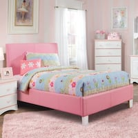 Faux leather pink cute bed FULL size Las Vegas, 89103