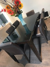 Must go ASAP! Dining table set Caledon, L7C 3M8
