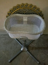 baby's white bassinet Silver Spring, 20904