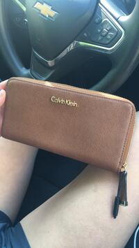 Calvin Klein brown wallet, purchased w a Calvin Klein purse also posted further down on my page. Akron, 44301