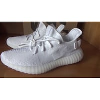 Yeezy 350 v2 triple white exclusive Mississauga