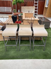 3 Outdoor Bar Stools