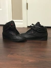Women's high top Reebok classics black  London, N6H 5M1