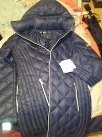 Family day special half price MICHAEL KORS JACKETS Langley, V3A
