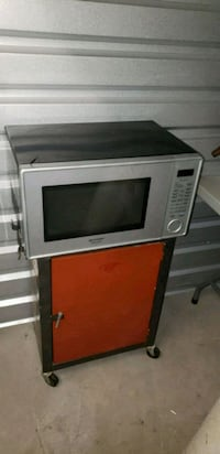 gray and black microwave oven Enterprise, 89139