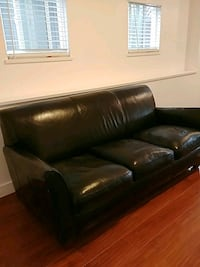 Black leather couch for sale.  Vancouver, V5M 1V5