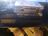 Sony PS4 console with controller and game cases Fairmont, 26554