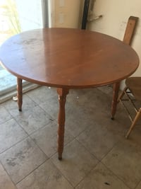 Dining table with two chairs  Campbell, 95008