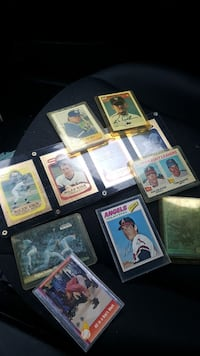 Autographed collectable sports cards