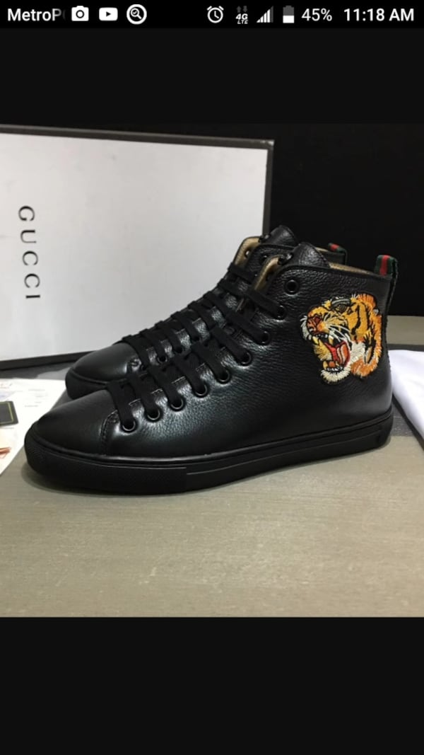 BY ORDER ONLY Preowned Gucci World Collection Sneakers size 6-12 be1e964a-9e78-4587-b537-0ba49ee637a7