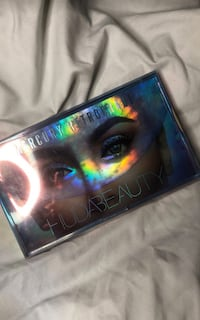 Huda Beauty Mercury Retrograde Palette