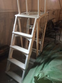 Used White Plastic Pool Ladder For Sale In Middletown Letgo