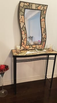 Beautiful Console table with mirror Brampton