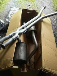 Exhaust off of c6 corvette with h pipe Poughkeepsie, 12603